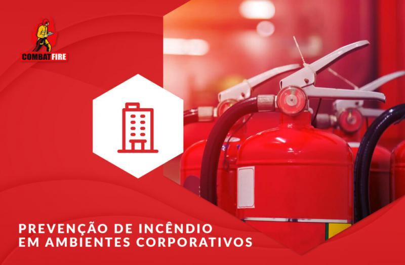 Como é a proteção contra incêndios em ambientes corporativos