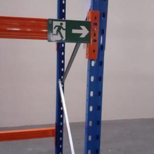 Placas de sinalização rota de fuga